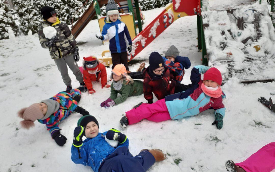 Zima lubi dzieci:)